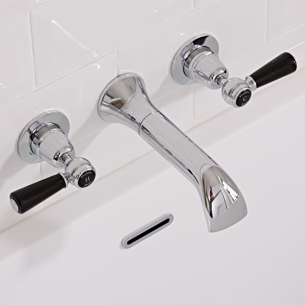 Topaz 3-gats Wandkraan met Zwarte Keramische Aanduidingen - Steel Handvat ( geschikt voor bad en wastafel)