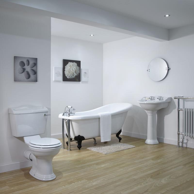 RYTHER Traditioneel Badkamer set met Vrijstaand Bad, Wastafel en Toilet + Keuze uit verschillende badpootjes