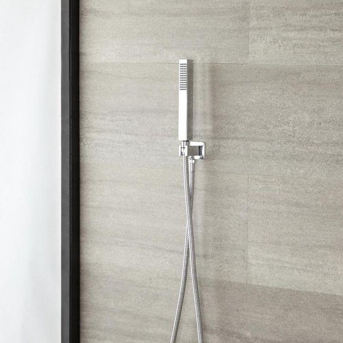 Vierkante Handdouchehouder en - wanddoorvoer met handdouche en doucheslang