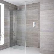 Een delig muur bevestigend inloop douche met bevestings paal en chromen afvoer | Sera